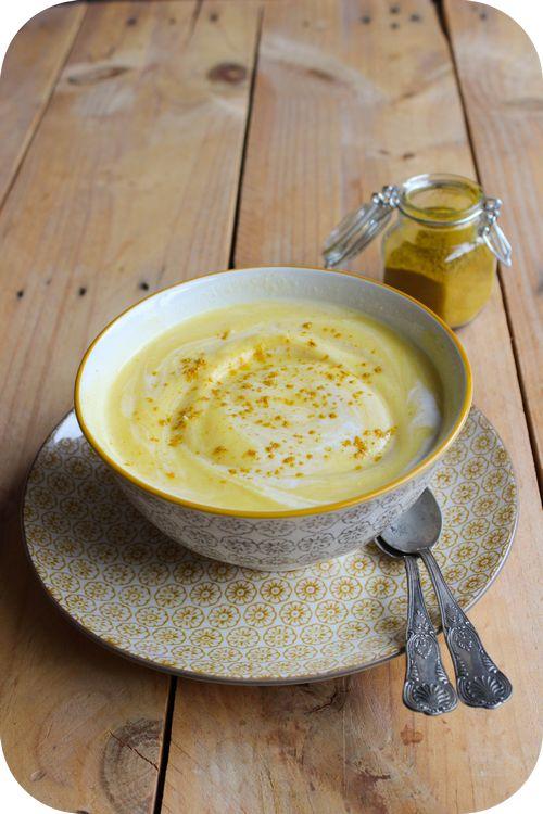 Velouté de chou fleur au curry et lait de coco  Hum à tester!