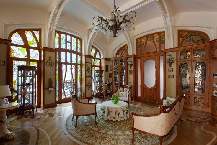 Manoir Ryabushinsky. la Maison Ryabushinsky (1900-1903), actuel Musée Gorky, considérée comme l'oeuvre la plus représentative de l'architecture Art nouveau russe. Fjodor Schechtel.