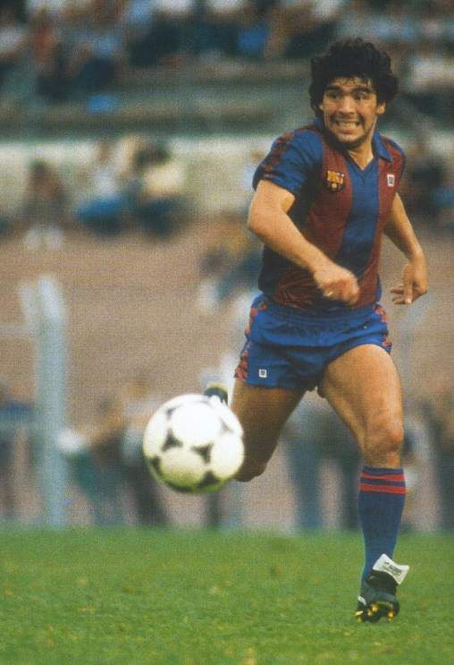 Diego Maradona, a magician with the ball at his feet (and hands!)