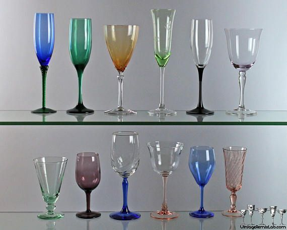 Mismatched vintage champagne glasses, toasting glasses - perfect to decorate my Christmas and New Year table