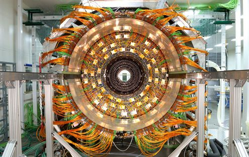 Photos of the Fantastic Machine That Found the Higgs Boson Particle: Hadroncollid, Physics, Barrels, Graphics Design, Rare Photos, Construction, Higgs Boson, Large Hadron Lost, Science