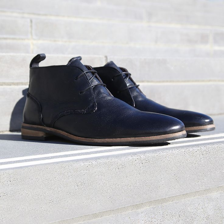 Perfect everyday dressing with the Peter James 'Player' black leather ankle boot. Shop: https://www.shoeconnection.co.nz/mens/boots/lace-up-boots/peter-james-player-leather-lace-up-boot?c=Black