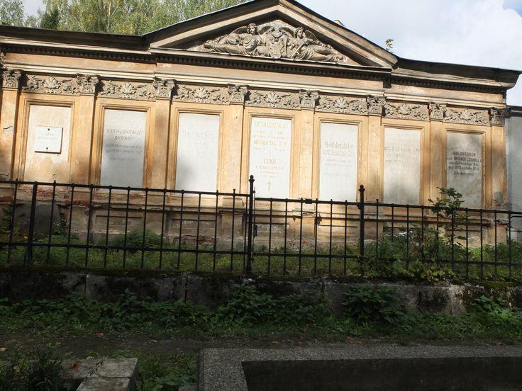 Stary historicky cintorin.