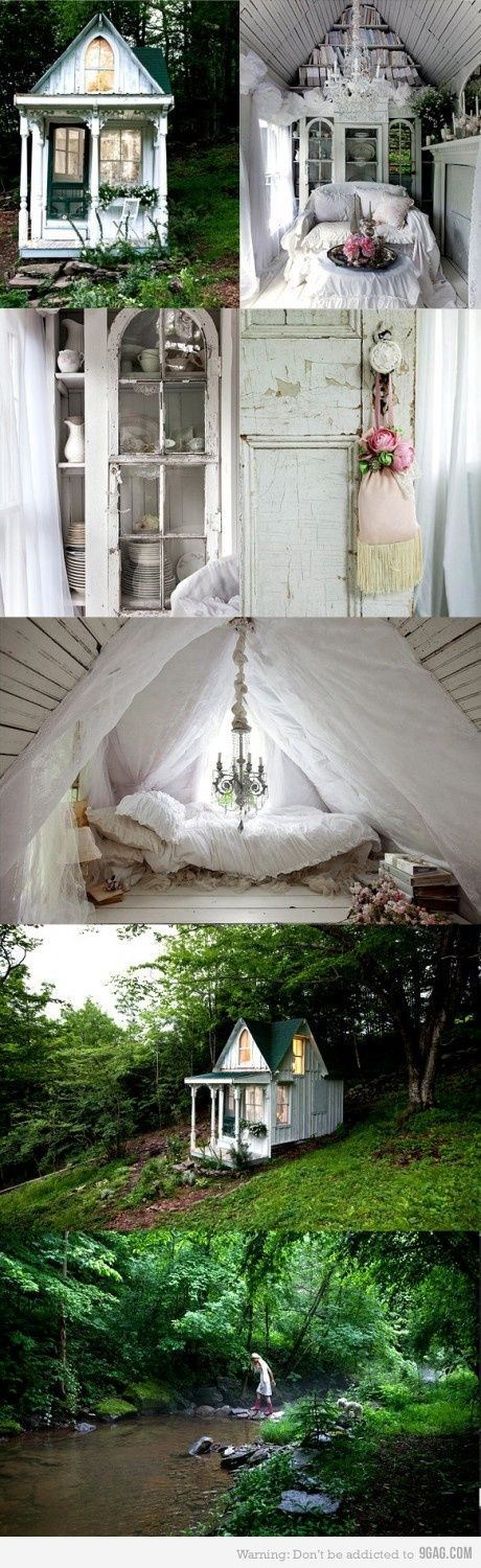 It's like a tree house for grown up girls.  I want to live in it.  I'm ready to for a little R