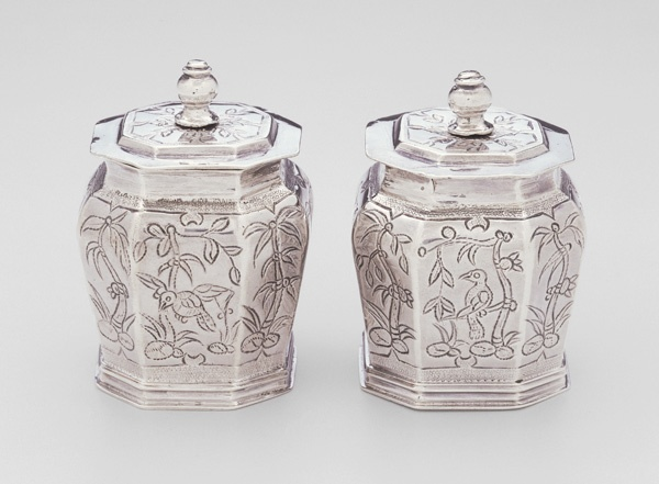 Pomade Pot from a 12-piece Toilet Service, English, 1680,