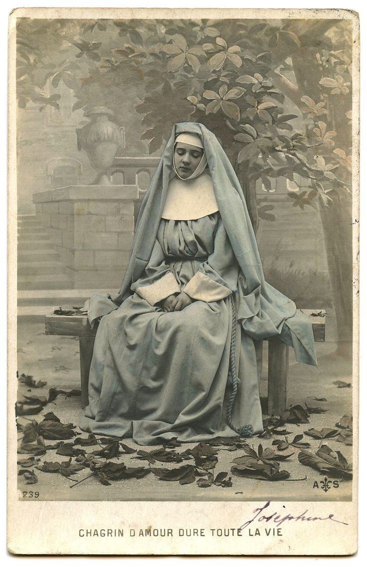 French Nun  from Graphics Fairy