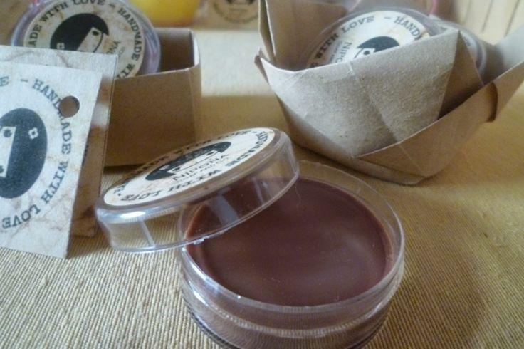 Nipona : Bálsamo Labial de Chocolate