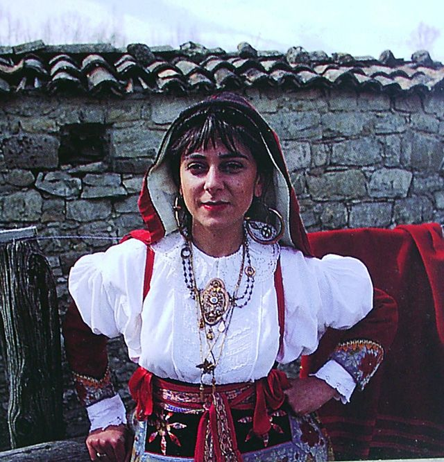 Traditionelle Tracht der italienischen Region Molise | Traditional Clothing ~~ Molise, Italy