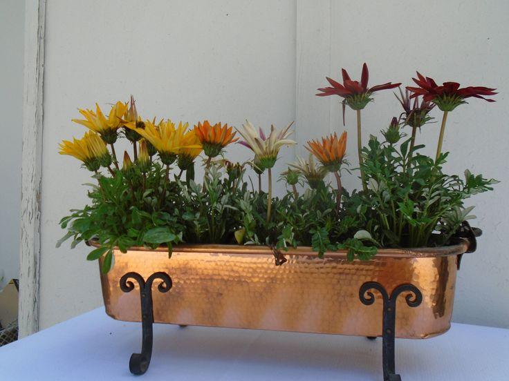 Jardinière en cuivre et fer forgé vintage de la boutique MAISONENCHANTEE sur Etsy