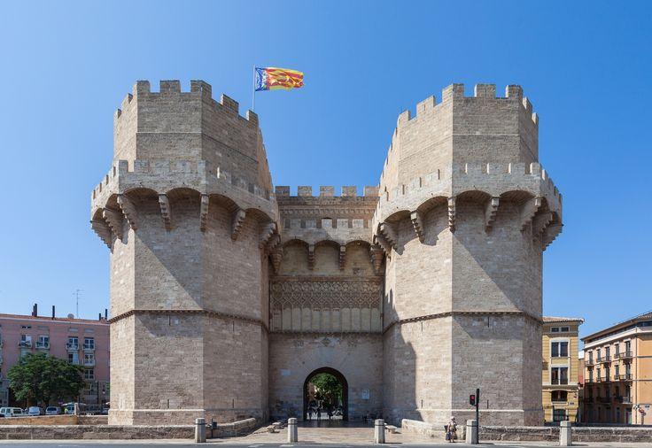 Puerta de los Serranos, Valencia, España.  (1920×1321)