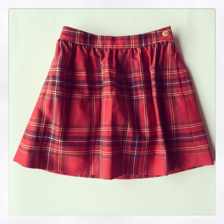 Scottish Kilt Brooks Brothers on www.hipmums.it      http://hipmums.it/collections/bambina/products/gonna-in-lana-scozzese-e-bottone-oro
