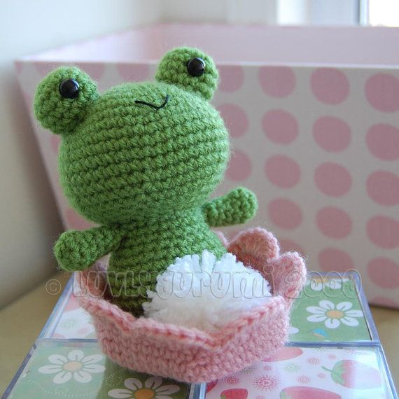 Froggy Gurumi Crochet Pattern by LuvlyGurumi on Etsy, $4.00