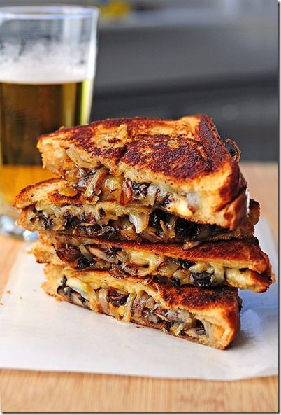 Grilled Cheese with Gouda, Roasted Mushrooms and Onions shewearsmanyhats.com