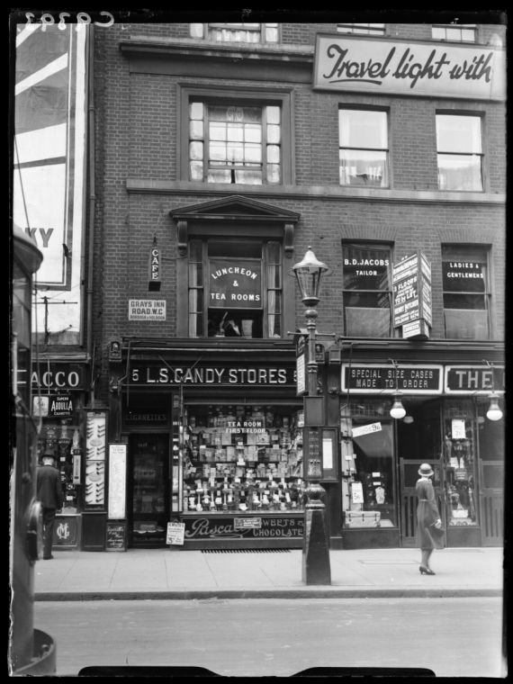 A photograph of a shop in Gray's Inn Road, London, connected with the Brighton Trunk Murder, taken in July 1934 by George Woodbine for the Daily Herald.