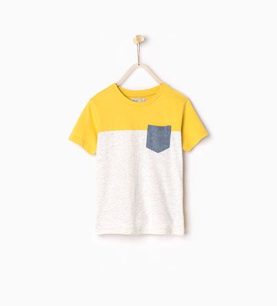 T-shirt with pocket I Zara