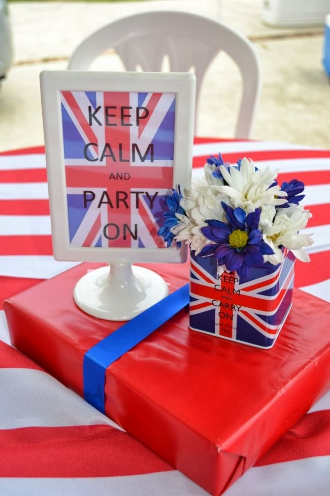 Boy's Royal Birthday Bash keep calm centerpiece www.spaceshipsandlaserbeams.com