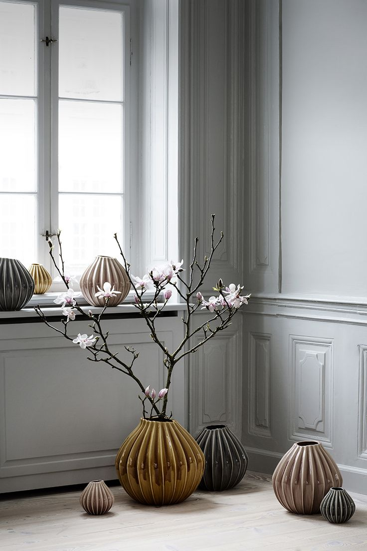 I really like the big orange vase!   Think it will give a nice pop of colour in a nordic styled decor... And it can be used as an umbrella stand aswell...