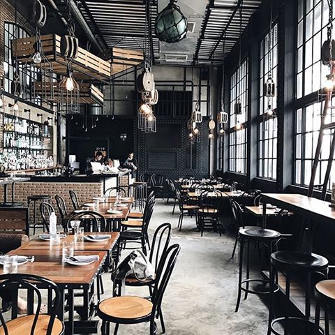 Make no mistake, we'd be content eating som tam and sticky rice every day in Bangkok. But sometimes a change of scenery keeps things interesting. These industrial windows at Sheepshank provide just that, framing the kind of river views you'd expect from a former boat house. Pulleys and other dock decor complete the homage, with a gastropub menu rounding out the experience. 📷 @happytimeafterschool    #Regram via @madewithmap