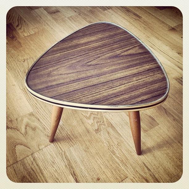 #table #tripod #wood