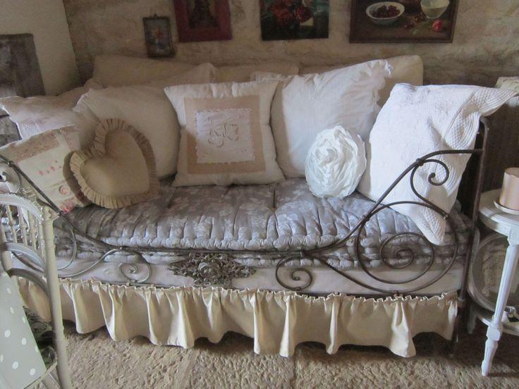 Les 25 meilleures id es de la cat gorie lits en fer forg sur pinterest cadres de lit en fer - Ciel de lit fer forge ...