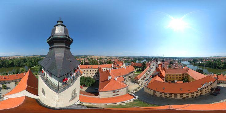 Telc vista dalla Torre - Moravia http://www.italyandeuropetours.com/italyandeuropetours/listing/among-the-moravian-castles/