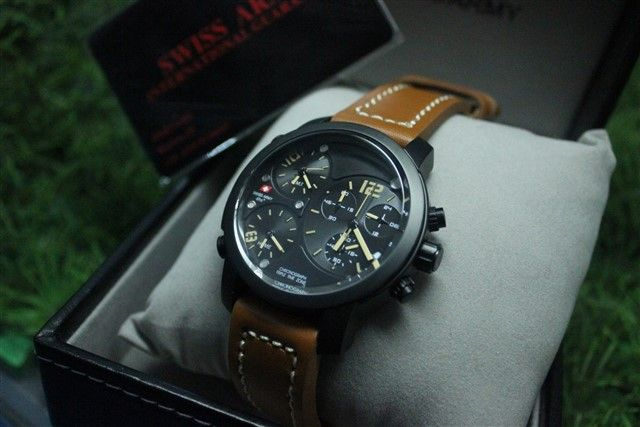 Swiss Army DHC Tripple Time | Rp. 990.000,-