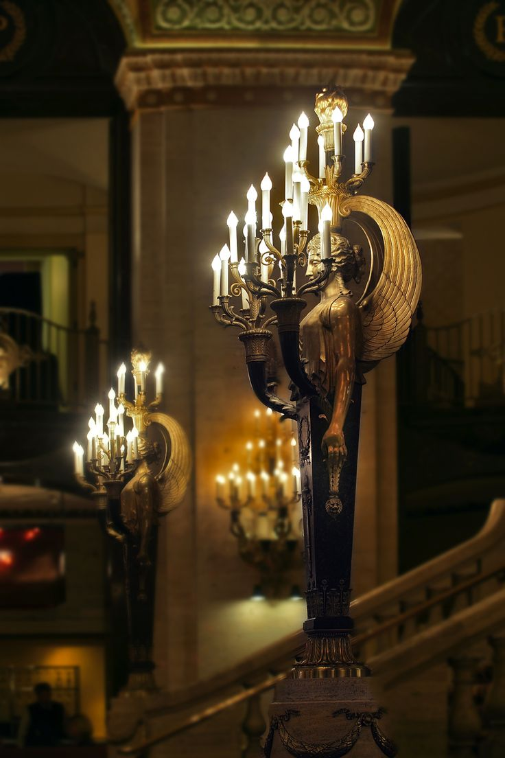 Palmer House-A Hilton Hotel: Chicago's Historic Landmark Is As Fresh As Ever