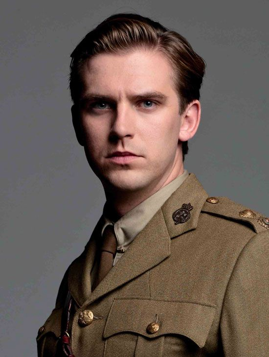 Again, man in uniform... er a 1914 one that is. ♥  Dan Stevens, Downton Abbey