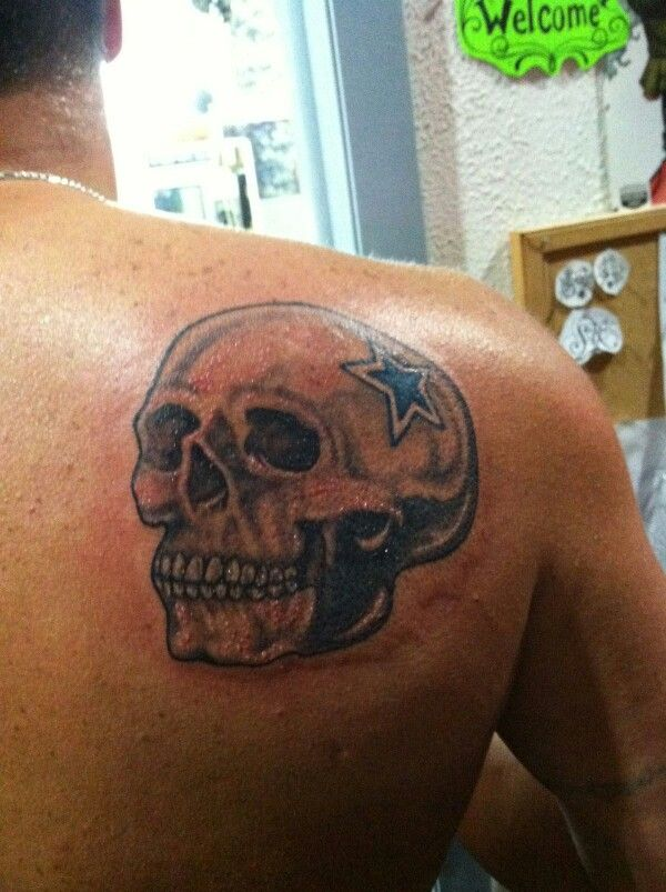 Dallas cowboys star & a skull <3