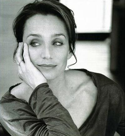 "kristin scott thomas | Quant à Kristin Scott Thomas , née le 24 mai 1960 à Redruth ... KST always manages to come off as sexy and intelligent, despite the fact that one of her first movies was ""Under the Cherry Moon."" I admire that on many levels!"