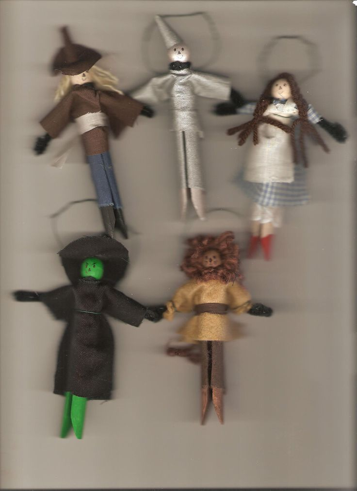 Set of 5 wizard of oz clothespin dolls / ornaments handmade. $16.99, via Etsy.