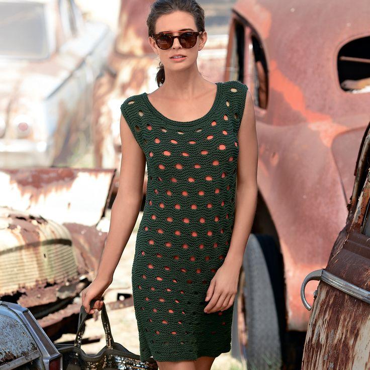 Платье со сквозным узором