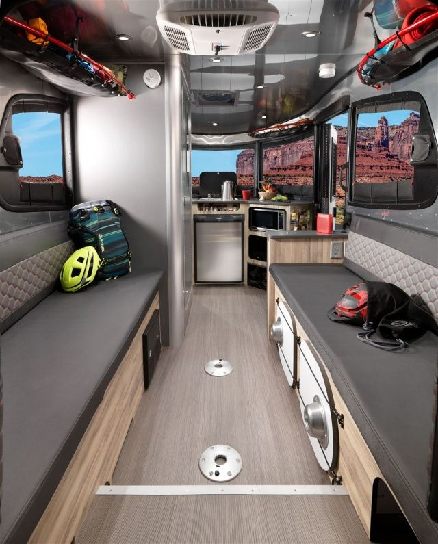 les 25 meilleures id es concernant roulotte a vendre sur. Black Bedroom Furniture Sets. Home Design Ideas