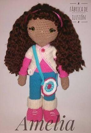 ¡Hola! Hace un par de semanas terminé una muñeca que bauticé con el nombre de Amelia, hacía tiempo quería hacer una muñeca grande y achuchab...