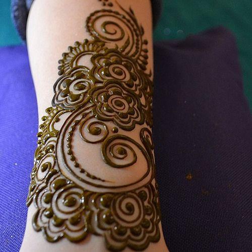 Vacation henna #henna #heartfire #hennalove #heartfirehenna #heartfirehennastudio #naturalhenna #costarico #vacation #mehndi | Flickr - Phot...
