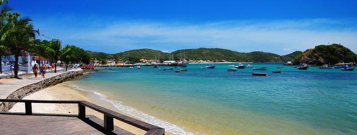 Buzios é uma península com 23 formosas praias. Ideal tanto surffers pelas incríveis ondas de praia Brava como ideal também para férias em família em praia Azeda. Reservá online em Barra Dá Lagoa Hotel!