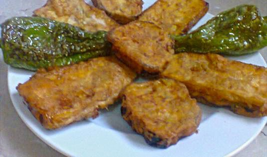 Şanlıurfa Usulü Yumurtalı Patlıcan Kızartması Tarifi / Marifetlitarifler'den yemek tarifleri