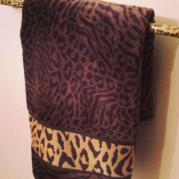 cheetah bathroom decor 229 best animal print furniture images on pinterest animal