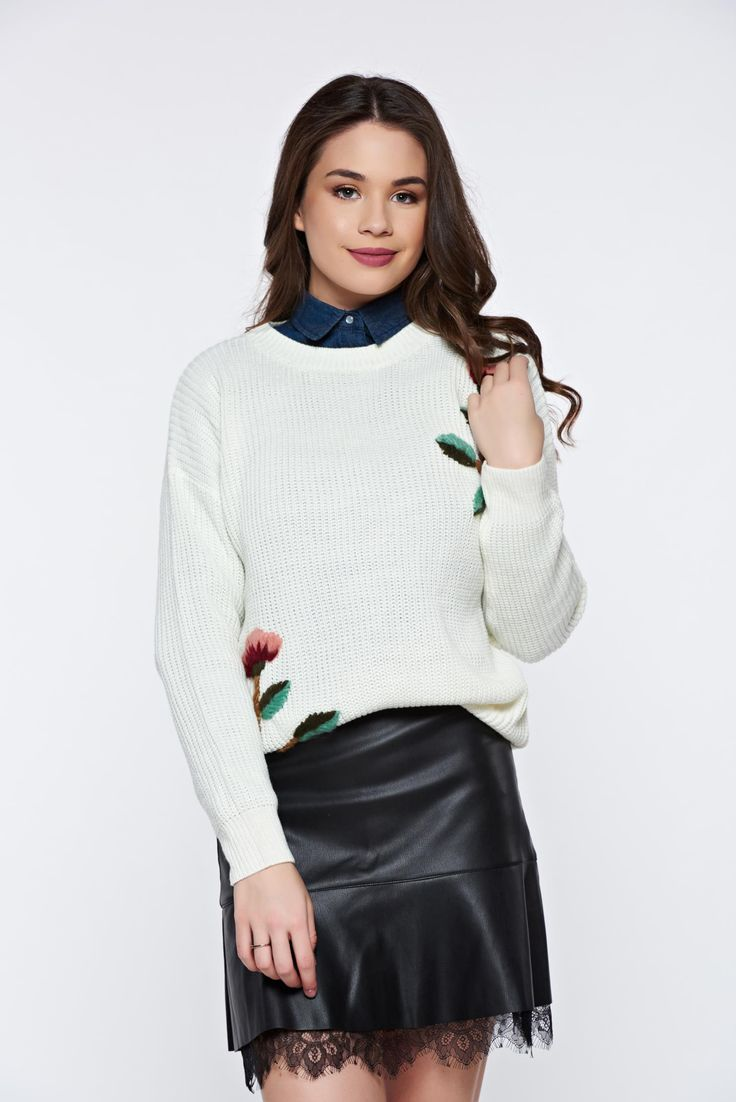 White casual knitted flared sweater with floral details, women`s sweater, floral details, easy cut, knitted fabric