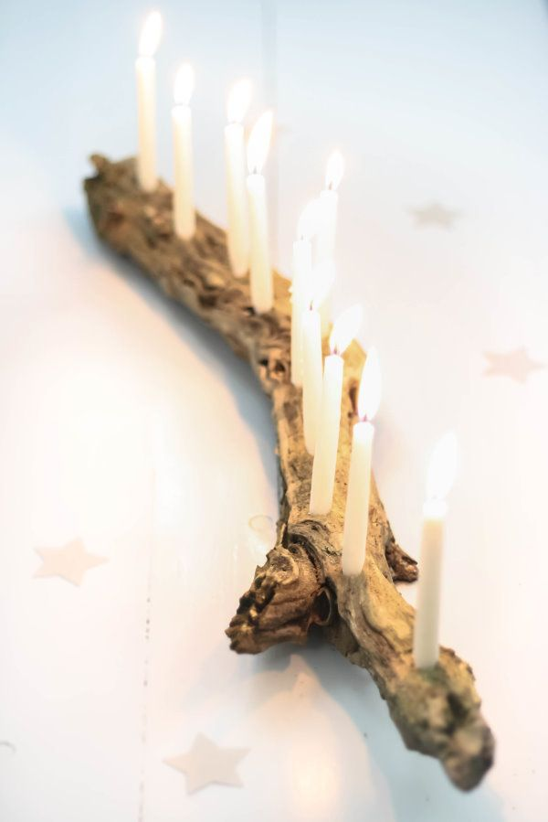 Upcycling: Einen Kerzenständer aus Treibholz oder Holzwurzel selber machen