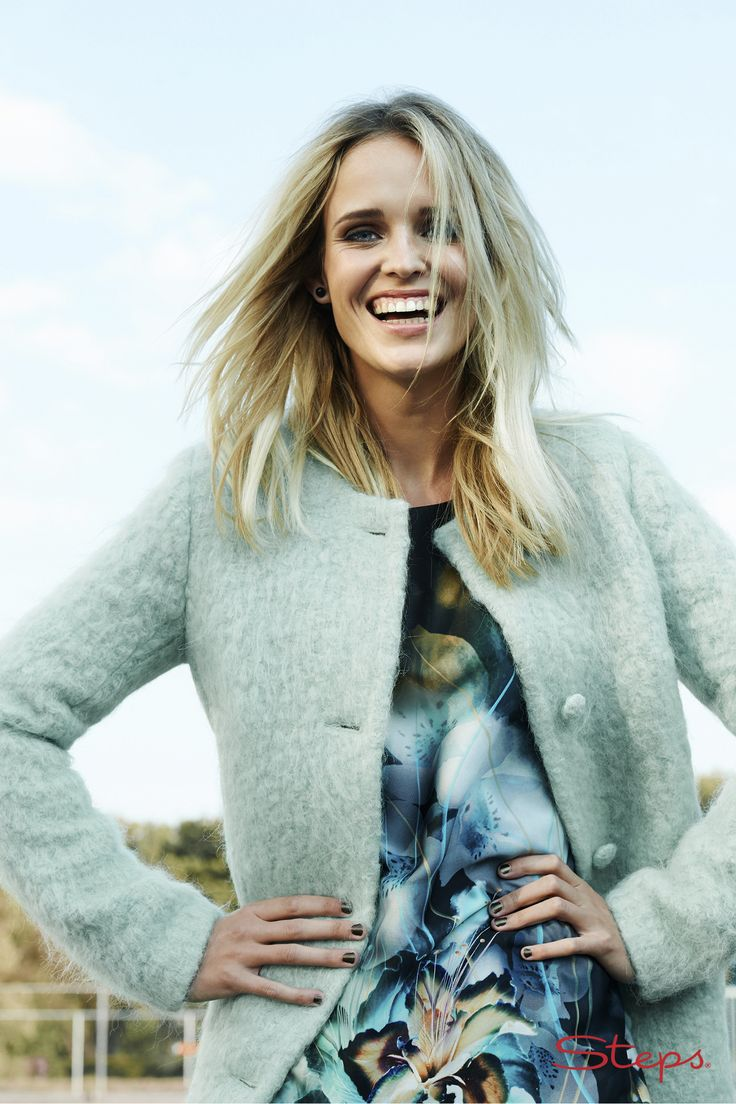 Mohair Coat €139,95 Viola Dress €99,95 Steps® Officiële Webshop
