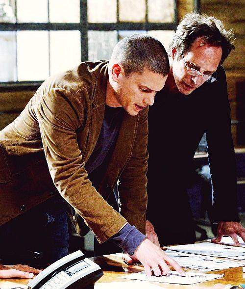 I love both these guys in glasses.  https://40.media.tumblr.com/18e14d92d15b3a7564803e330384945a/tumblr_n0cnp3EET41s8t1uuo1_500.jpg