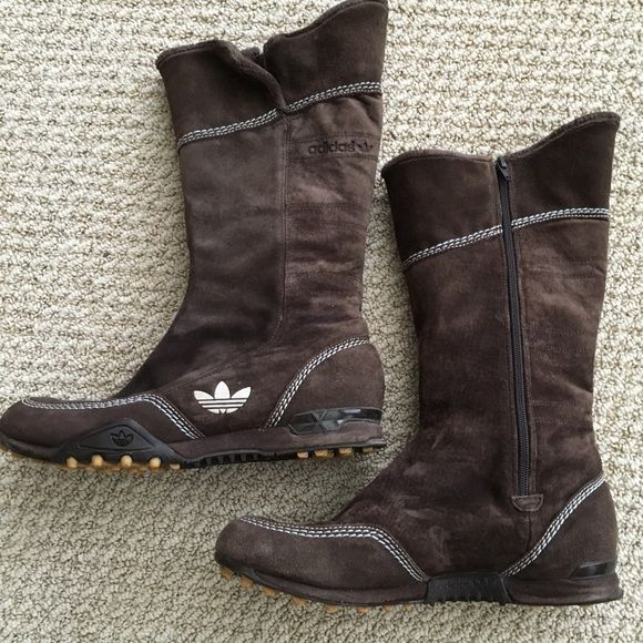 Adidas brown suede Torsion winter boots. Super warm and super comfy brown suede Adidas Torsion boots. Faux fur lined, these boots are made for walking. Great condition! Adidas Shoes Winter & Rain Boots