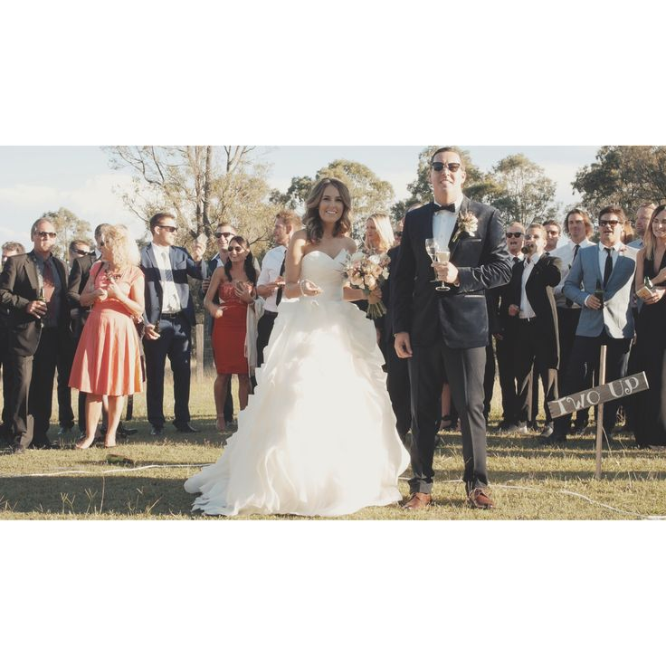 Fun Wedding lawn games at Hunter Valley Wedding on ANZAC day #twoup