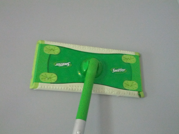 Use Your Swiffer Wet Mop To Clean Walls I Pre Sprayed All