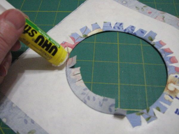 How to make a round circle with a fabric behind it and make it look good!