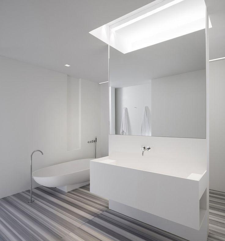 #frandgulo #interiordesign #дизайн #дизайнинтерьера #ванная Строгие линии, простота и стиль