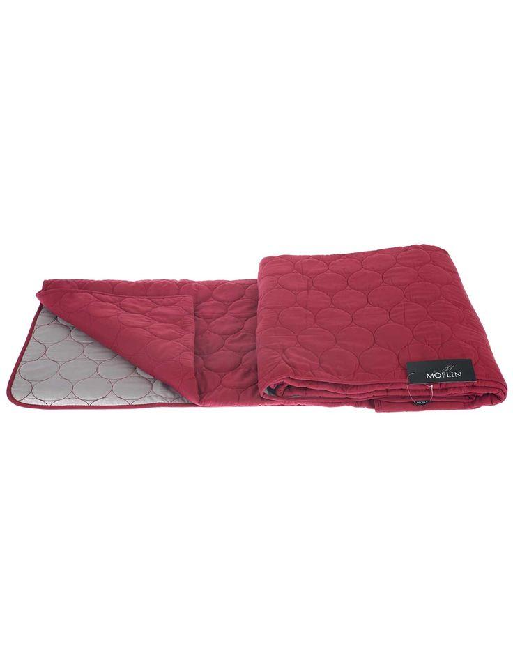 Vinrød sengetæppe fra pagunette moflin