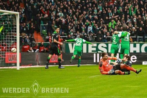 Werder Bremen 4 - 1 Hannover un juego muy importante para el conjunto local para sumar puntos en la tabla
