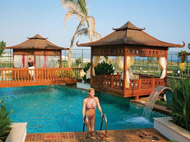 Турция, Белек   40 000 р. на 6 дней с 02 июня 2015  Отель: CRYSTAL FAMILY RESORT & SPA  Подробнее: http://naekvatoremsk.ru/tours/turciya-belek-29